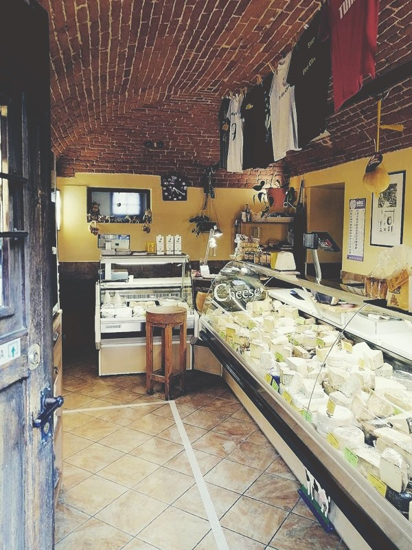 Giolito formaggi Bra